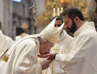 O sacerdócio não é carreira, é serviço!
